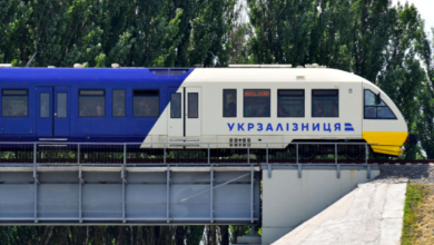 Photo of Укрзалізниця відновлює рух ще 17 поїздів – розклад