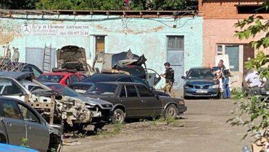 Photo of Захоплення заручника в Полтаві: машина їде в Київ