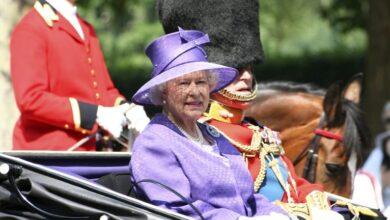 Photo of Конфлікт загострюється: Єлизавета II скасувала урочистості на честь дня народження Меган Маркл