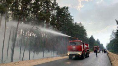 Photo of У Луганській області через обстріли загорівся ліс