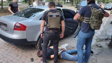 Photo of Заманювали побаченнями з дівчатами: в Одесі затримали викрадачів людей