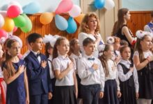 Photo of Школярі у Києві щодня починатимуть навчання із гімну України