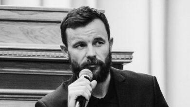 Photo of Працював на Обаму і Собчак: в Білорусі заарештували політтехнолога Віталія Шклярова