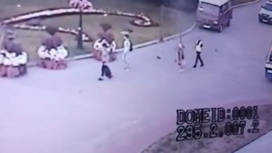 Photo of Відео звільнення перших трьох заручників у Луцьку