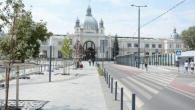 Photo of На площі Двірцевій патрульні «полюватимуть» на водіїв-порушників паркування