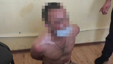 Photo of Патрульні затримали хулігана, який кидався камінням в авто та магазини на Сихові