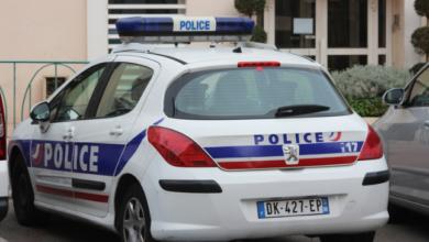 Photo of У Франції під час конфіскації авто поліцейський підпалив чоловіка електрошокером