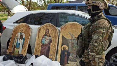 Photo of Судитимуть злочинну групу, яка викрала ікон з храмів на 2,5 млн грн