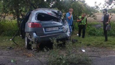 Photo of Під Бродами авто злетіло із дороги. Є загиблий і постраждалі