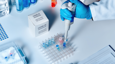Photo of Перетворює людей на мавп – Росія розповсюджує фейки про британську вакцину