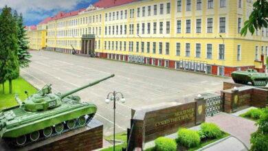 Photo of Зеленський відзначив держнагородами двох викладачів Академії сухопутних військ