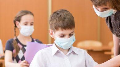 Photo of У Києві через коронавірус закрили ще дві школи, 133 класи на дистанційному навчанні
