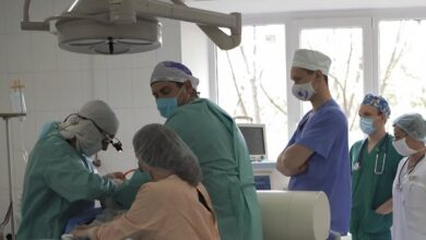 Photo of Видалили пухлину вагою майже 3 кг: на Волині медики врятували 15-річну дівчинку