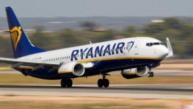 Photo of Ryanair тимчасово сасовує штрафи за перебронювання квитків