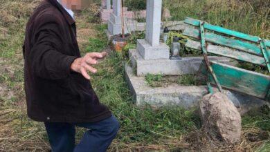 Photo of П'яний 73-річний львів'яни вчинив наругу над могилою