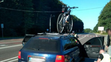 Photo of На Львівщині водій-порушник протягнув патрульного 30 метрів за своїм авто