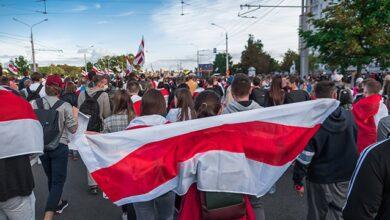 Photo of Марш гордості в Білорусі: у центр Мінська стягнули військову техніку, є перші затримання