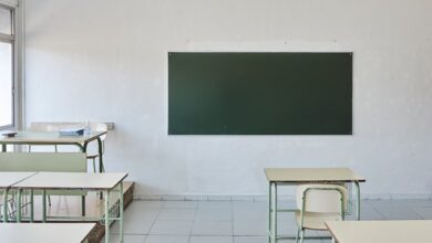 Photo of У Польщі 16-річна школярка напала з ножем на трьох однокласниць