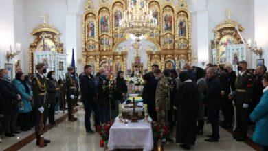 Photo of Львівщина попрощалася з 20-річним Віталієм Вільховим, який загинув у авіакатастрофі під Харковом