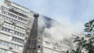 Photo of У Києві на Троєщині пожежа у багатоповерхівці – знищено дві квартири