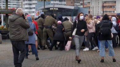 Photo of У Мінську жорстко затримують учасників протесту і відвозять в невідомому напрямку