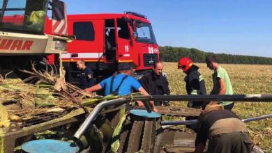 Photo of На Вінниччині жінка потрапила під жатку комбайна