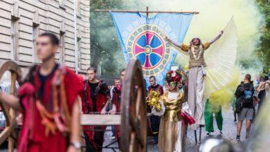 Photo of Театральний фестиваль «Золотий лев» цьогоріч пройде без традиційної карнавальної ходи