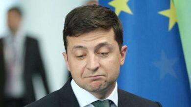 Photo of Зеленському не довіряють майже 50% українців, – опитування