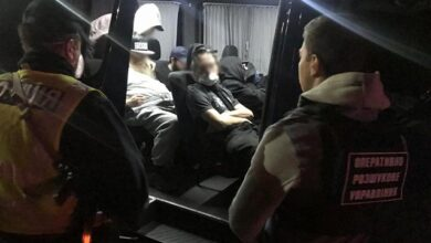 Photo of Близько 20 затриманих та 4 з Covid-19: як хасиди намагаються потрапити до України