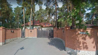 Photo of У Брюховичах напали на будинок бізнесмена: чоловіка катували і вбили