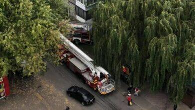 Photo of Під час займання у квартирі на Стрийській пожежники врятували двох людей