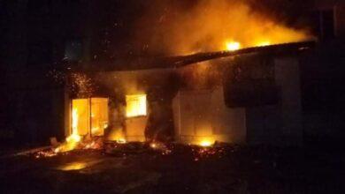 Photo of 25 рятувальників гасили пожежу на Стрийській