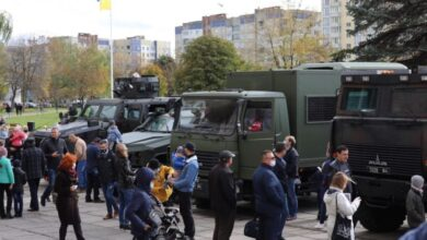 Photo of На Сихові показали виставку військової техніки
