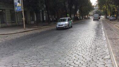 Photo of У мерії придумали, куди подінуть бруківку з вулиці Бандери