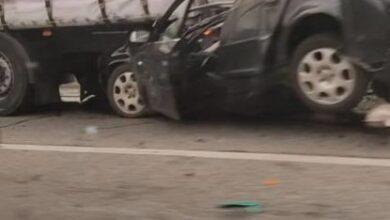 Photo of Біля Львова у ДТП загинув водій, автомобіль якого розчавило під фурою
