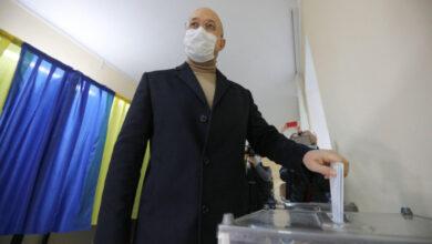Photo of Шмигаль проголосував на місцевих виборах у Львові