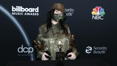 Photo of Маски та порожній зал: як пройшла премія Billboard Music Award