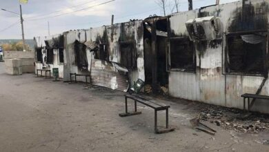 Photo of Пожежу на пункті пропуску Станиця Луганська локалізовано, проїзд закрито