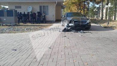 Photo of У Киргизстані затримали екс-президента Алмазбека Атамбаєва