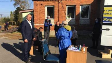 Photo of Під Харковом кандидат у мери проводив безкоштовне тестування на Covid-19