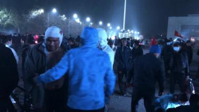 Photo of Перша смерть на протестах у Киргизстані, ще 13 людей у реанімації