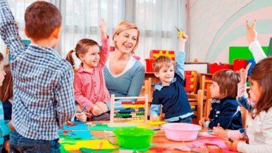Photo of МОН анонсувало збільшення зарплат вихователів дитсадків: коли і наскільки?