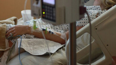 Photo of Маємо випадки важкого перебігу COVID-19 у людей віком 35+, – головний медик Львівщини