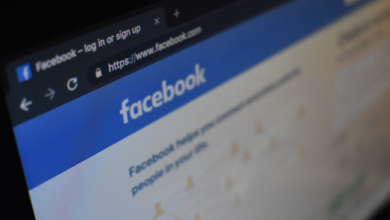Photo of Facebook та Instagram боротимуться із теорією змови