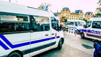 Photo of Обезголовлення вчителя у Парижі: поліція затримала 9 осіб