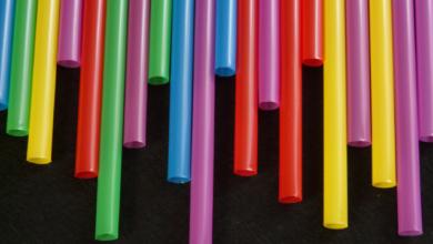 Photo of Британія заборонила продавати пластикові соломинки та ватні палички
