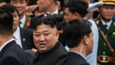 Photo of З побажаннями міцного здоров'я: в КНДР представили надважку балістичну ракету