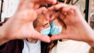 Photo of 400 євро за поцілунок: в Італії оштрафували закоханих без масок