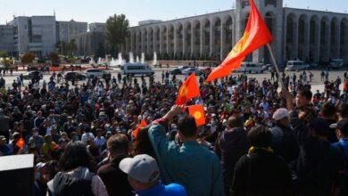 Photo of Парламент Киргизстану скасував режим НС у Бішкеку
