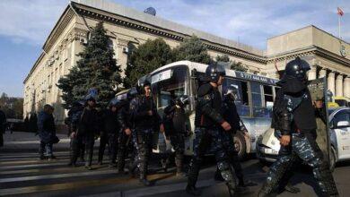 Photo of Під час протестів у Киргизстані постраждало понад 750 осіб